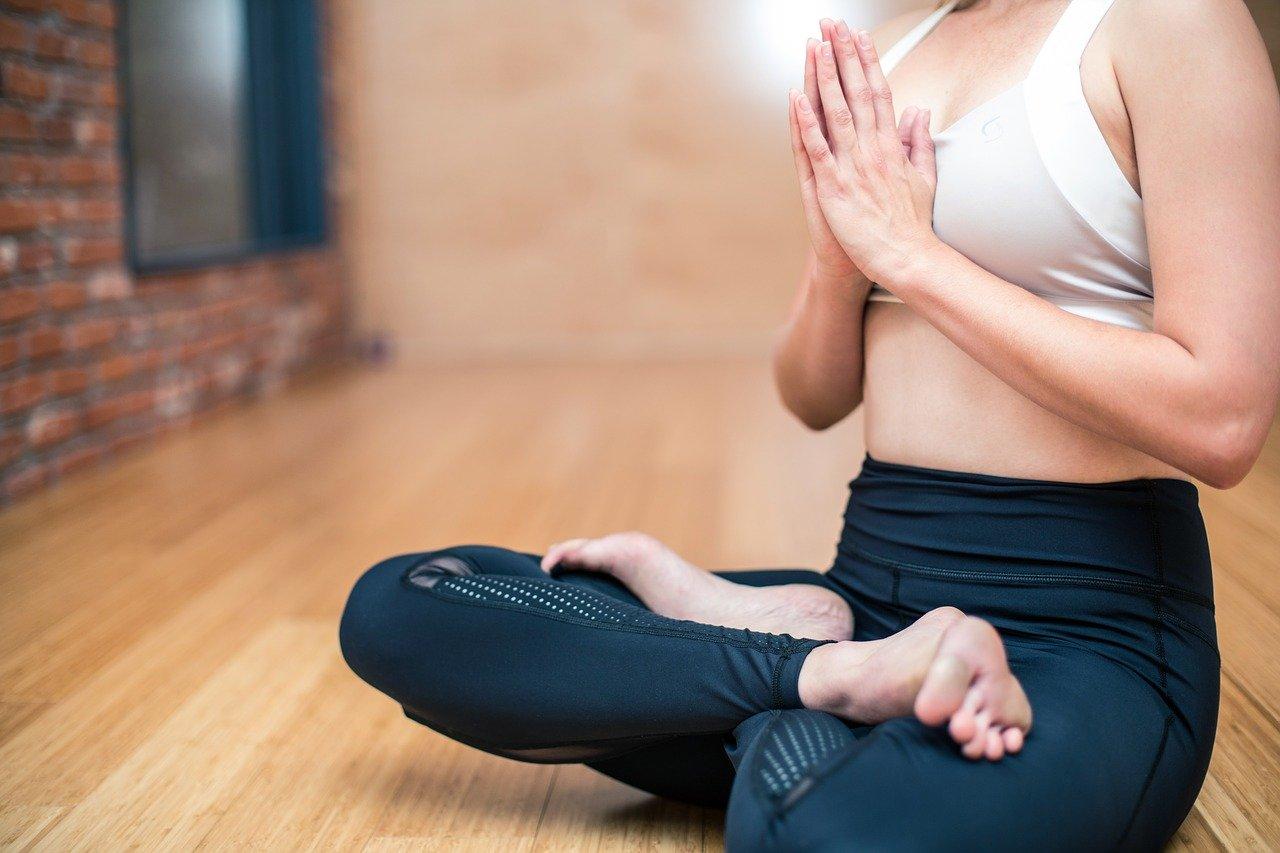 yoga 3053488 1280