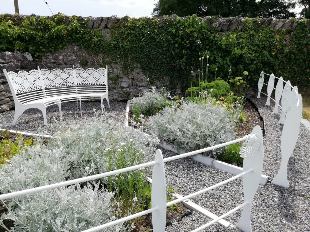 Lacemakers garden with bench